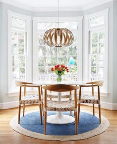 Those woven chairs are so pretty, just like the rest of this very pretty little dining nook from @sunnycirclestudio. Thanks for sharing! #EHDweekendmakeover