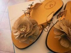 Σαγιονάρες Drawing Clothes, Handmade Accessories, Saddle Bags, Invitations, Knitting, Crochet, Blog, Tricot, Breien