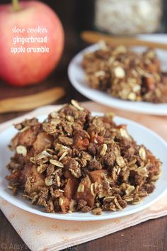 Slow Cooker Gingerbread Apple Crumble Recipe