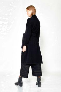 #Design # Alpha60 #Alpha60 Fashion Fashion Labels, Knit Cardigan, Fashion Boutique, Normcore, Knitting, Unique, Design, Style, Sweater Cardigan