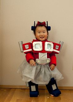This kid has the best Optimus Prime Ballerina costume ever. Kinda jelly.