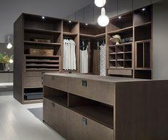 Kleiderschrank mit Leder-Fronten - stilvolles System von EmmeBi