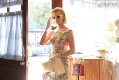 Springtime prints and shades for Betty, episode 307