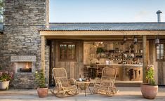Tour this cottage inspired by the wild west