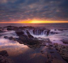 Thor's Well - Oregon Coast