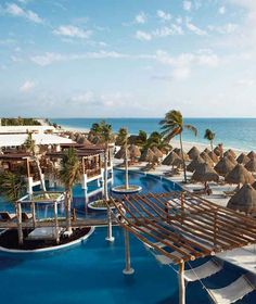 All-inclusive Honeymoon Packages | Best All Inclusive Resorts for a Honeymoon: Excellence Playa Mujeres