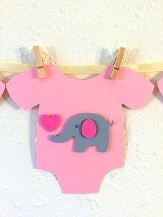 ** Bandera Linda y adorable para baby shower!! **  Esta bandera es un toque perfecto para el baby shower de niña!  Rosa monos de una pieza están