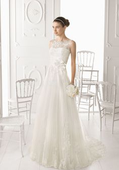 Classic A line Bateau Neck Lace & Tulle Sleeveless Floor Length Bridal Gown