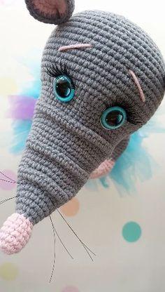 Cute little mouse toy Boy Crochet Patterns, Crochet Motifs, Crochet Doll Pattern, Crochet Patterns Amigurumi, Amigurumi Doll, Crochet Kawaii, Crochet Mouse, Cute Crochet, Crochet Baby