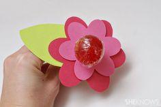 Handmade valentines kids can make:: Lollipop Valentines