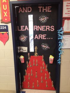 Trendy classroom door decorations for testing hollywood theme ideas Classroom Bulletin Boards, Classroom Door, Classroom Themes, School Classroom, Classroom Organization, Movie Classroom, Classroom Design, Future Classroom, Hollywood Theme Classroom