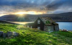 Litli-Bær and it was originally built in 1894. Iceland