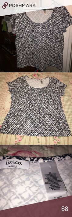 ❣️Reposhing really cute shirt, FIRM at $8❣️ ❣️ This shirt is a reposh, I love it but it just shows off my mommy tummy too much( I should've gone a size higher) It's in EUC with no flaws and can be dressed up or down. Reposhing for what I paid for it only and the price is firm❣️ Liz & Co Tops Tees - Short Sleeve