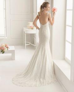 ETEREO Vestido de novia de encaje y pedrería. Colección Rosa Clará Two 2016