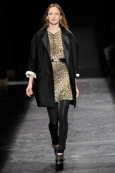Isabel Marant Fall 2009 Ready-to-Wear Fashion Show - Karmen Pedaru (IMG)
