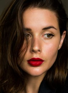 Red lipstick | Mac Ruby Woo | Beauty | makeup | HarperandHarley