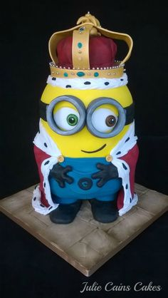 King Bob - Cake by Julie Cain - CakesDecor