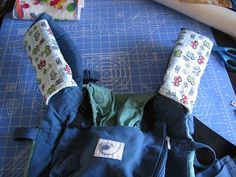 Do-it-yourself EC: Ergo suck pad with free pattern #baby carrier diy #diy baby carrier #fashion baby carrier