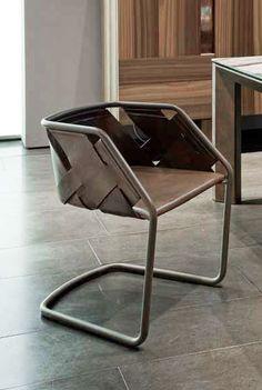 Henge Strip Chair