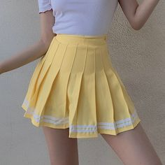 Pleated Skirt Outfit Short, Yellow Skirt Outfits, Girly Outfits, Cute Outfits, Cute Skirts, A Line Skirts, Short Skirts, Mini Skirts, Skirt Fashion