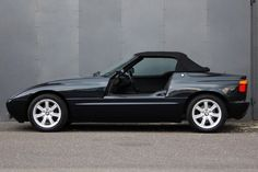 Looking for the BMW of your dreams? There are currently 4 BMW cars as well as thousands of other iconic classic and collectors cars for sale on Classic Driver. Bmw Z1, Collector Cars For Sale, Top Cars, E30, Side View, Custom Cars, Super Cars, Convertible, Automobile