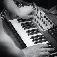Trip Hop, Techno, Keyboard, Piano, Cool Stuff, Pianos, Techno Music