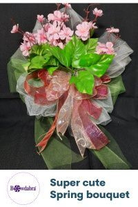 DIY super cute spring bouquet are easy with our video tutorials #bowdabra #abrabowdabra Diy Mother's Day Crafts, Mothers Day Crafts, Diy Craft Projects, Decor Crafts, Craft Ideas, Bow Making Tutorials, Video Tutorials, Craft Tutorials, Diy Bouquet