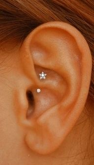 Here is a charming ear #pierce