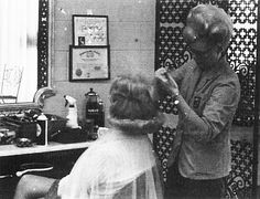 A little more height at the crown – Prom Hairstyles Vintage Hair Salons, Wet Set, Vintage Housewife, Beehive Hair, Bouffant Hair, Retro Hairstyles, Beauty Shop, Big Hair, The Crown