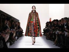 Valentino Fall Winter Full Fashion Show Live Fashion, Paris Fashion, Runway Fashion, Fashion Show, Fashion Looks, Fashion Design, Fashion Trends, Fall Winter 2014, Summer 2014