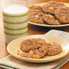 Healthy Oatmeal Cookies - the perfect after school snack