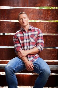NFL And Carolina Panther's Christian McCaffrey Talks Style For Flag And Anthem Hot Country Men, Christian Mccaffrey, Muscular Men, Carolina Panthers, Sport Man, Good Looking Men, Handsome Boys, Cute Boys, Hot Guys