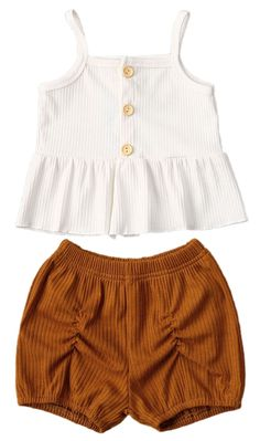Two essential pieces in one set features a white ruffled linen top and trendy brown shorts. Shop this summer outfit for your little girl now Summertime Outfits, Girls Summer Outfits, Little Girl Outfits, Outfits For Teens, Cute Outfits, Little Girl Fashion, Toddler Fashion, Kids Fashion, Cute Baby Clothes