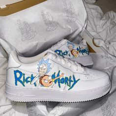 Cute Nike Shoes, Cute Nikes, Custom Painted Shoes, Custom Shoes, Ricky Y Morty, Nike Shoes Air Force, Swag Shoes, Aesthetic Shoes, Fresh Shoes