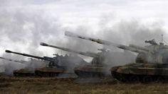 Martialisch: Russische Panzerhaubitzen bei einer Übung im Jahr 2014