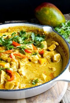 I have a tasty chicken surprise for you today – Chicken Mango Curry. Never thought of mango + chicken as a pair? There is chemistry between them I tell you. Not glaringl… Mango Chicken Curry, Mango Curry, Easy Chicken Curry, Easy Dinner Recipes, Easy Meals, Easy Recipes, Curry Pasta, Mango Sauce, Indian Food Recipes