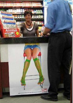 #Publicidad #exterior - #AmbientMarketing en caja de supermercado