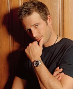 """Michael Vartan - My eye candy. Coulson"""" from Never Been Kissed. Michael Vartan, Michael Fassbender, Gorgeous Men, Beautiful People, Never Been Kissed, Charming Man, Sharp Dressed Man, Modern Man, Johnny Depp"""