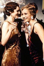 Gosford Park (2001)  #CostumeDesign: Jenny Beavan Feeling of luxury at a dinner party.