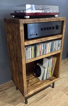 Hi Fi Separates / Phono Cabinet – GrandmasHouseDIY – Furniture Refinishing, Home Renovation, House Remodeling, Wood Working – Audioroom Stockage Record, Reclaimed Wood Tv Stand, Record Player Stand, Stereo Cabinet, Vinyl Record Storage, Cd Storage, Wood Stain Colors, Audio Room, Wood Projects