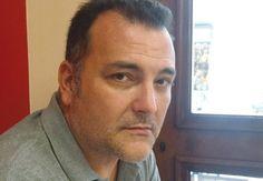 Ηλίας Μαγκλίνης: «Οι απώλειες και η διαρκής αίσθηση της απουσίας είναι η μισή μας περιουσία» _______________________ Συνέντευξη στην Ελένη Γκίκα  #interview #writer #book  http://fractalart.gr/elias-magklinis/