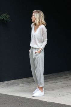 Slouchy Chic - Outfit Inspo For What to Wear Today - Photos
