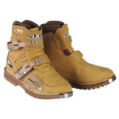 AXO  constructor boots in sand or black...probably my favorite dirt short boots.