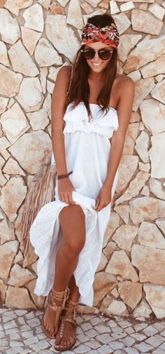 Boho chic maxi boob tube dress with modern hippie headband & strappy sandals & fringe leather purse. For the BEST Bohemian fashion trends FOLLOW https://www.pinterest.com/happygolicky/the-best-boho-chic-fashion-bohemian-jewelry-gypsy-/ now