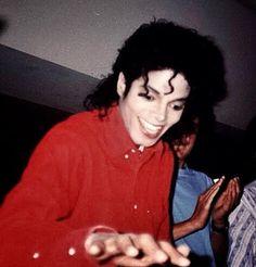 You give me butterflies inside Michael. Michael Jackson Fotos, Michael Jackson Bad Era, Paris Jackson, Mj Bad, The Jacksons, Hollywood, Beautiful Smile, My King, Peter Pan