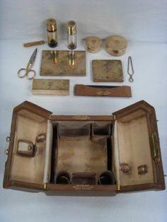 Petite malette de voyage et ses accessoires KENDALL & Co Paris époque 1910