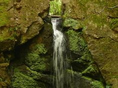 15+1 hely hazánkban, melyekről nehéz elhinni, hogy léteznek! - Messzi tájak   Utazom.com utazási iroda Hungary, Budapest, Serenity, Waterfall, Neon, Outdoor, Beautiful, Outdoors, Waterfalls