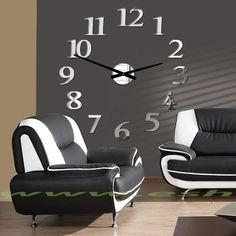 Najširšia ponuka hodín v rôznych farbách pre dokonalú stenu. Elegantné nástenné nalepovacie hodiny sú vybavené a dodávané s kvalitným strojčekom na akumulátorovú batériu AA 1.5 Volta, ktorý sa vyznačuje  tichým chodom. Obal strojčeka a ručičky hodín sú vyrobené z pevnej ocele, ktoré sa jednoducho upevnia na stenu. Inštalácia je veľmi jednoduchá. Komponenty v podobe číslic stačí nalepiť na stenu, pretože sú vybavené z vnútornej strany samolepiacim povrchom, lepiacou páskou. Moderné nástenné… Clock, Wall, Home Decor, Watch, Decoration Home, Room Decor, Clocks, Walls, Home Interior Design