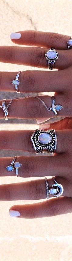 moonstone jewellery, moonstone rings, silver jewelry, boho jewelry, moonstone #moonstone #jewellery #boho #bohemian #rings