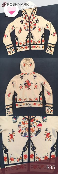 Lucky floral embroidered hoodie size XS. Gorgeous Lucky Brand Dungarees America floral embroidered hoodie.  Size XS.  89% Cotton 11% polyester.  Hood lining 100% Cotton.  Embroidery 100% polyester.  Beautiful and unique! Lucky Brand Tops Sweatshirts & Hoodies